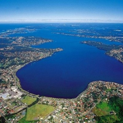 Macquarie lake nsw